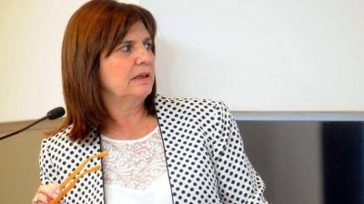 Patricia Bullrich afirmó que el paro de la CGT