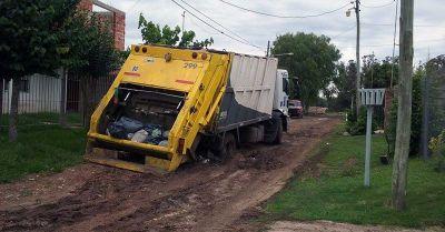 """Camioneros: """"Cuando llueve, hay barrios que se hacen intransitables"""""""