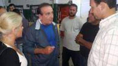 """La Plata: Vaudagna se reunió con vecinos de Villa Elisa: """"Es prioritario construir en la ciudad un modelo de desarrollo económico"""""""
