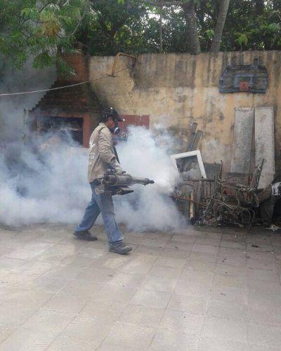 Contra el dengue y zika en más de treinta barrios capitalinos