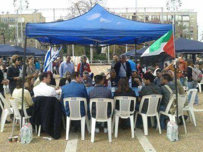 Histórico encuentro entre israelíes y palestinos: ''Los pueblos hacen la paz''