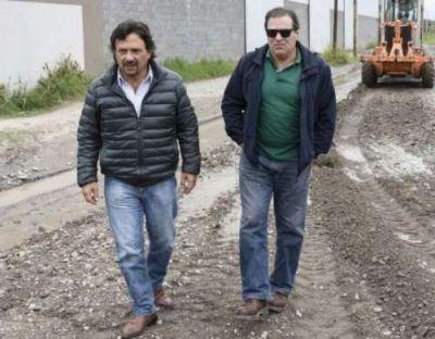 Las lluvias dieron un respiro y la Municipalidad ejecuta obras en distintos puntos de la ciudad