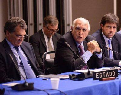 El Gobierno defendió en la CIDH el decreto migratorio