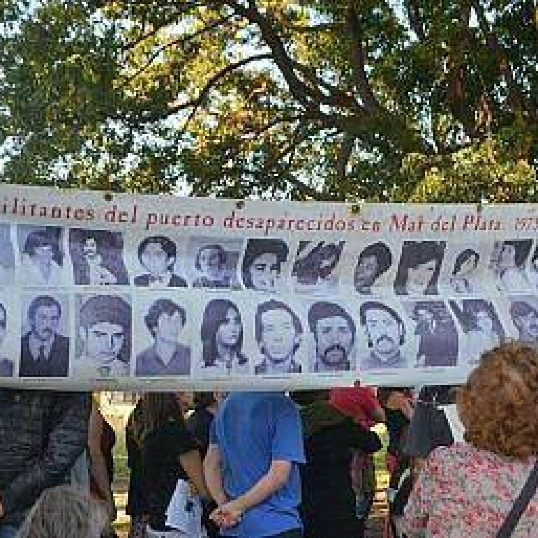 Realizar n un acto por los trabajadores del puerto desaparecidos - Autoescuela 2000 barrio del puerto ...