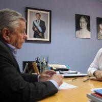 """Infante: """"Trabajamos para que los vecinos cuenten con los servicios indispensables"""""""