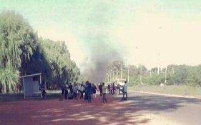 Vecinos de Moreno protestaron por la falta de agua en sus hogares