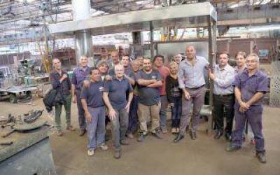 Quilmes: Martiniano visitó la cooperativa de trabajo Felipe Vallese