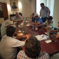 Tras la reunión con Passalacqua los yerbateros esperarán hasta hoy para destrabar el conflicto