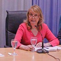 """Con todos los gremios en paro por falta de pago, Alicia Kirchner persigue el """"Acuerdo Social"""""""