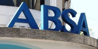 Allanaron oficinas de ABSA en La Plata y en Bahía Blanca en una causa por posible