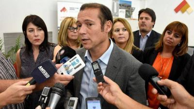 Gutiérrez convocó a los docentes
