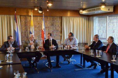 Bordet procura afianzar la integración portuaria