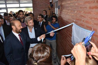 Insfrán, Frigerio y Buryaile inauguraron obras educativas en zona rural de Villafañe