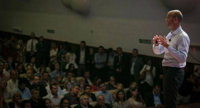 Dietrich presentó en Córdoba el