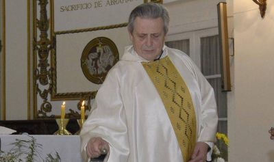 El párroco de la Catedral habló sobre Grassi: