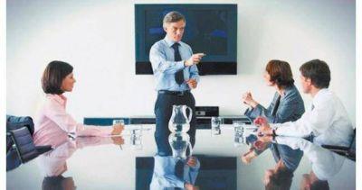 Lejos de la pauta del Gobierno, empresas proyectan aumentos del 28% para ejecutivos