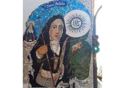 La muralista Mónica Corrales le entregará a Papa Francisco un boceto de una de sus obras de Mama Antula