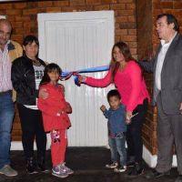 Entregaron viviendas sociales ecológicas en Villa Ojo de Agua