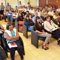 Presentaron la guía provincial destinada a programas de salud