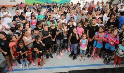 Ferraresi inauguró el renovado Polideportivo Real Gonnet