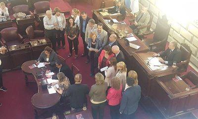 """Diputados de la provincia sesionaron en conmemoración del """"Día de la Memoria"""""""