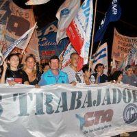 Cincuenta mil personas marcharon en Mar del Plata… Macri lo hizo