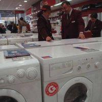 Cadenas de electrodomésticos rechazan volver a las cuotas