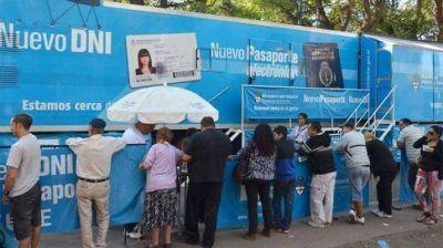 Este lunes llega a Santiago el camión para renovar el DNI
