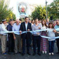 Uñac inauguró obras de pavimento en Dos Acequias y La Puntilla