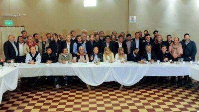 En bloque, intendentes peronistas buscan marcarle la cancha a Vidal con la inseguridad