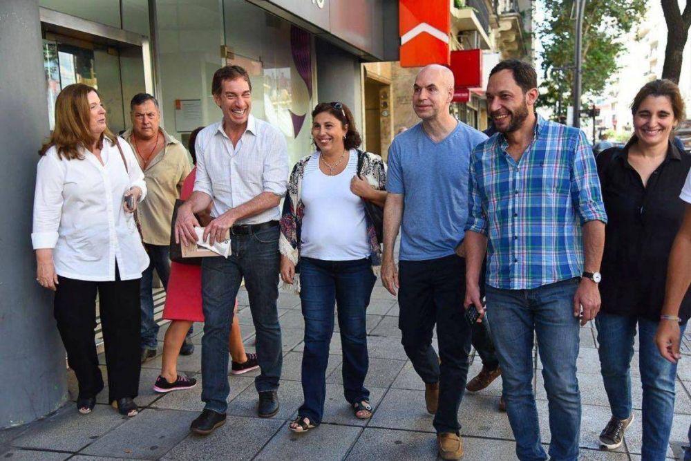 Larreta y Santilli recorrieron la Ciudad junto a legisladores de la Coalición Cívica ARI