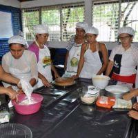 Inician los talleres de artes y oficios en Juana Koslay