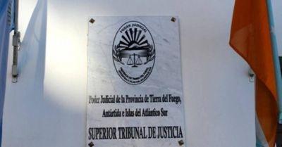 Empleados judiciales acordaron un 10 % de aumento