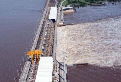 El titular de Enersa se comprometió a estudiar el proyecto para provincializar Salto Grande