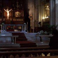 Silencio: hay gente rezando, Movete con cuidad y no muy malvinistas