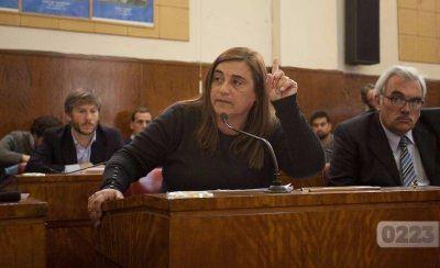 Duras críticas contra Arroyo por el Parque Informático: