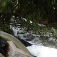 Roca y Cervantes tiran al río los líquidos cloacales sin tratar