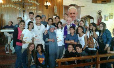 """Sacerdote amenazado se despidió de su comunidad: """"Seguimos juntos, evangelizando"""""""