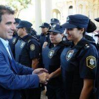 Policías bonaerenses recibirán aumentos del 18% en cuatro tramos