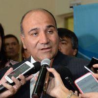 Manzur canceló un viaje a Paraguay a causa de la emergencia hídrica
