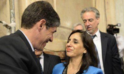 De la Rosa renunció a su banca en el Senado y juró como integrante de la AGN