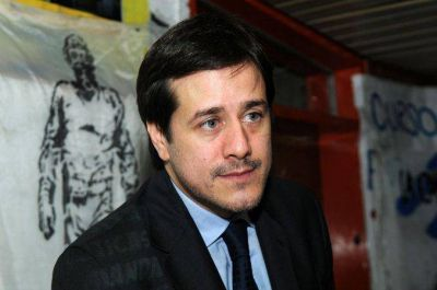 Mariano Recalde denunció que Macri busca