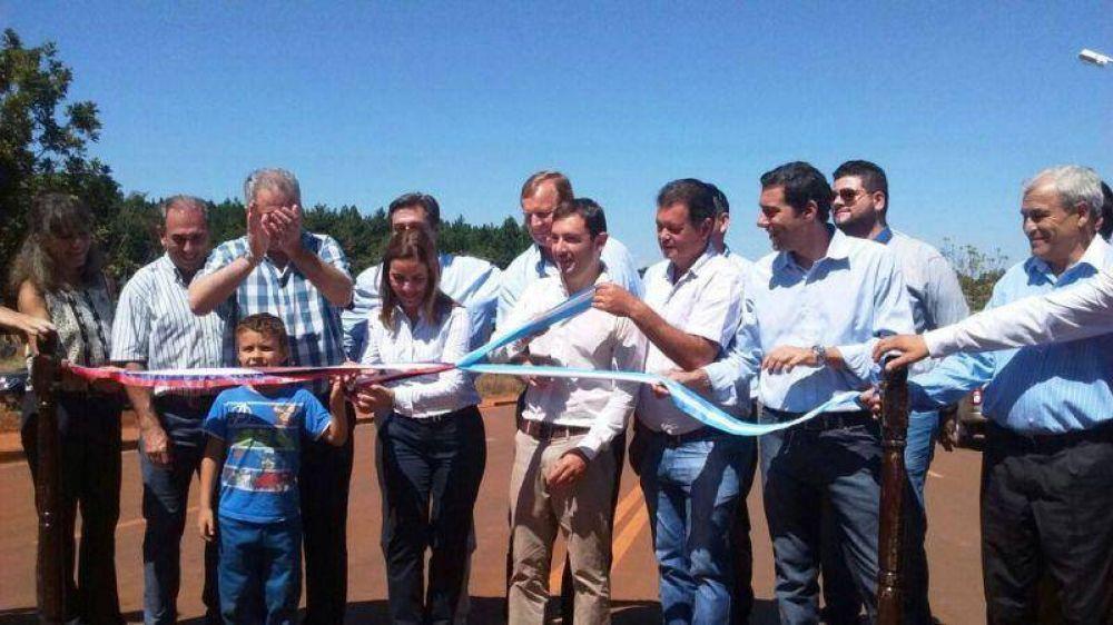 Inauguraron el asfalto de la ruta provincial 221