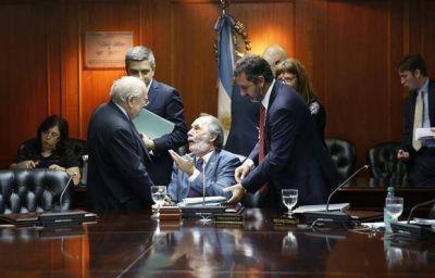 El Gobierno avanza con una renovación judicial y agita el clima en tribunales