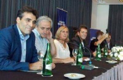 López estuvo con Massa y presenta ante la Provincia obras para la ciudad