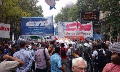 30M: la marcha de las dos CTA reunió a 150 mil personas y a sectores de la CGT