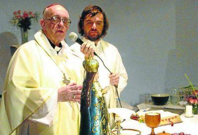 El Padre Pepe y su visita a Malvinas