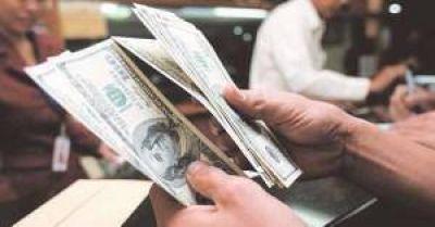 Se liberan u$s7.000 M del blanqueo y aumenta la oferta de dólares