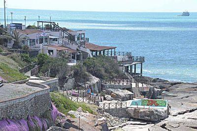 EMTUR: escándalo Playa Chica; apócrifos y ¿otro traje a medida?
