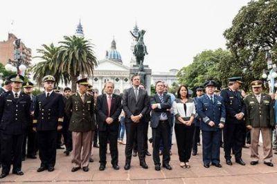 """Malvinas: """"Es nuestro deber como argentinos honrar la memoria de nuestros héroes"""", dijo Balh"""